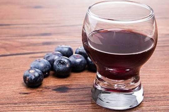 蓝莓酒的制作方法和喝它的好处