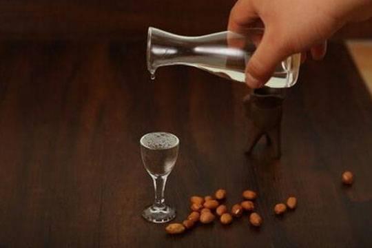 喝酱香型白酒的人为什么很难喜欢喝其他香型的白酒