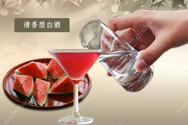 迎合年轻的口味-白酒是否能加入鸡尾酒的行列?