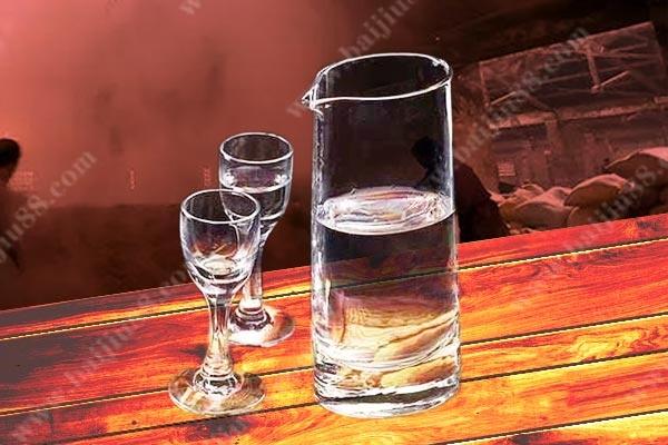 科普酒知识-劣质白酒的酒精味是什么?