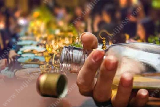 """喝酒""""断片""""的原因是什么导致的?"""