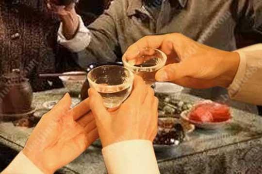 喝白酒不伤身体的技巧