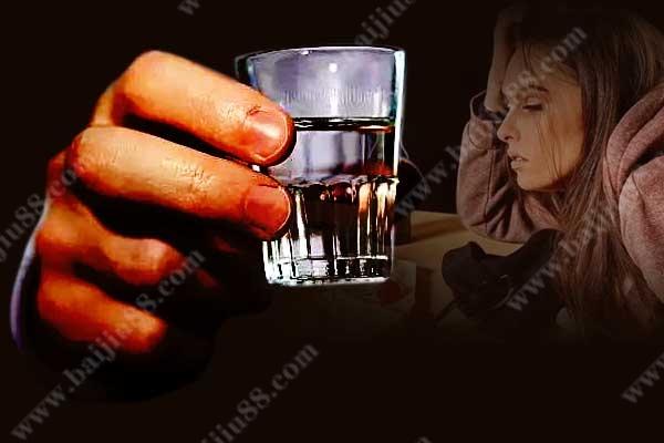 男人和女人喝酒的心情有哪些