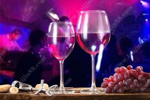 喝洋酒有什么好处吗?