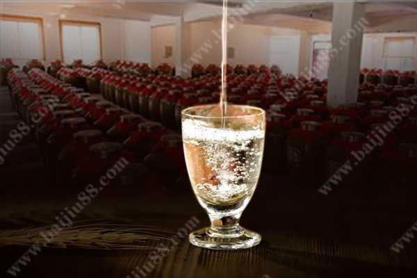 每天1杯纯粮散白酒的好处