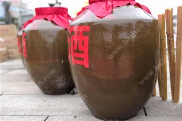 东北纯粮散白酒多少钱一斤