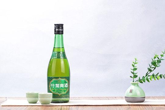 竹叶青酒的价格