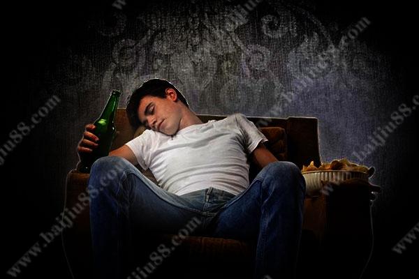 喝什么酒能够让自己快点入睡