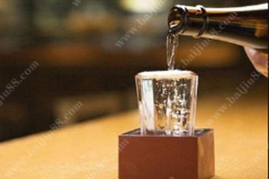在炎热的夏天里如何防止酒体变质变味