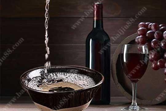 一瓶红酒的酒精含量等于多少白酒