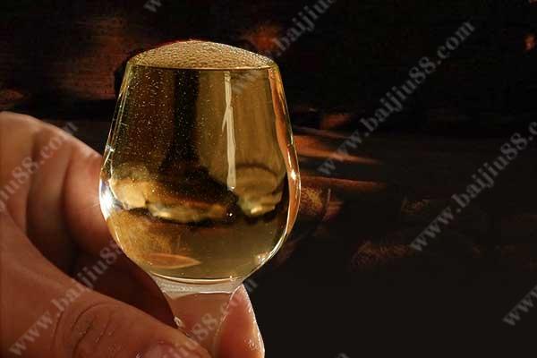 为什么有的酒没有年份