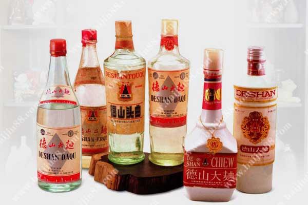 酒器收藏文化-中国白酒酒瓶收藏之道
