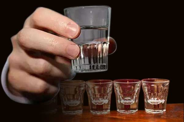 白酒有哪些特点可以辨别真假