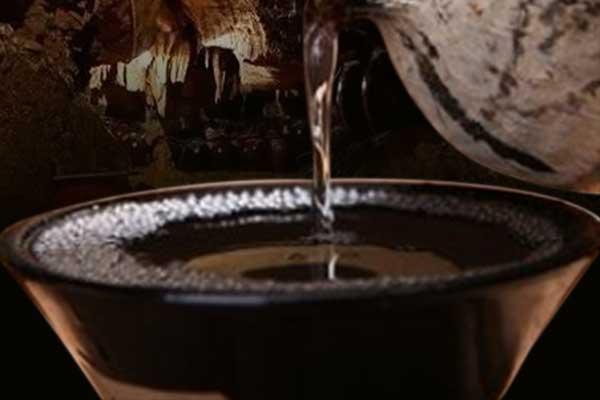 为什么酱香型白酒要储存3年以上才能喝