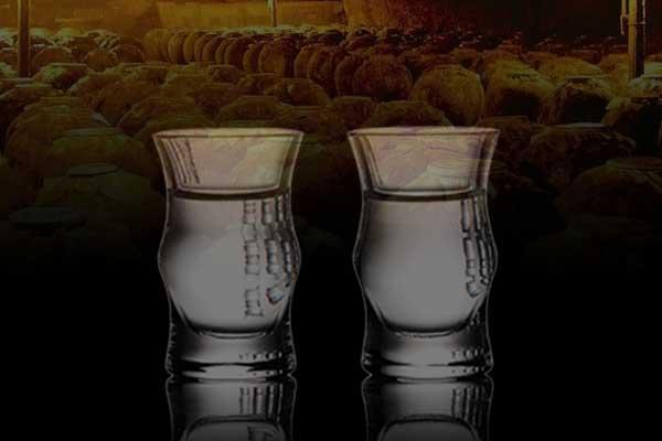 如何辨别酱香型白酒是老酒还是新酒