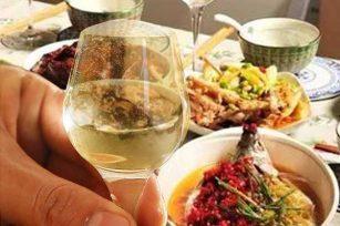 喝酒的酒杯对饮酒速度有影响吗?酒杯跟喝酒有没有关系