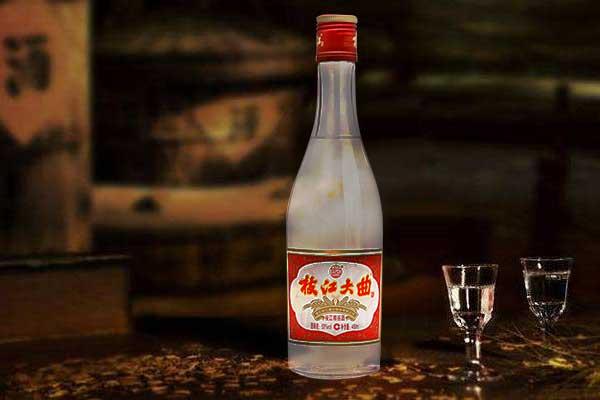 这几款白酒因价格而被忽略,却被老酒鬼视为珍品